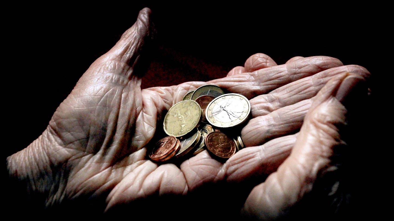 Soziale Armut (Foto: dpa Bildfunk, picture alliance / Karl-Josef Hildenbrand/dpa)