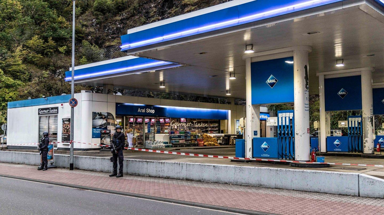 Staatsanwalt: Tankstellen-Kassierer wegen Corona-Maske erschossen