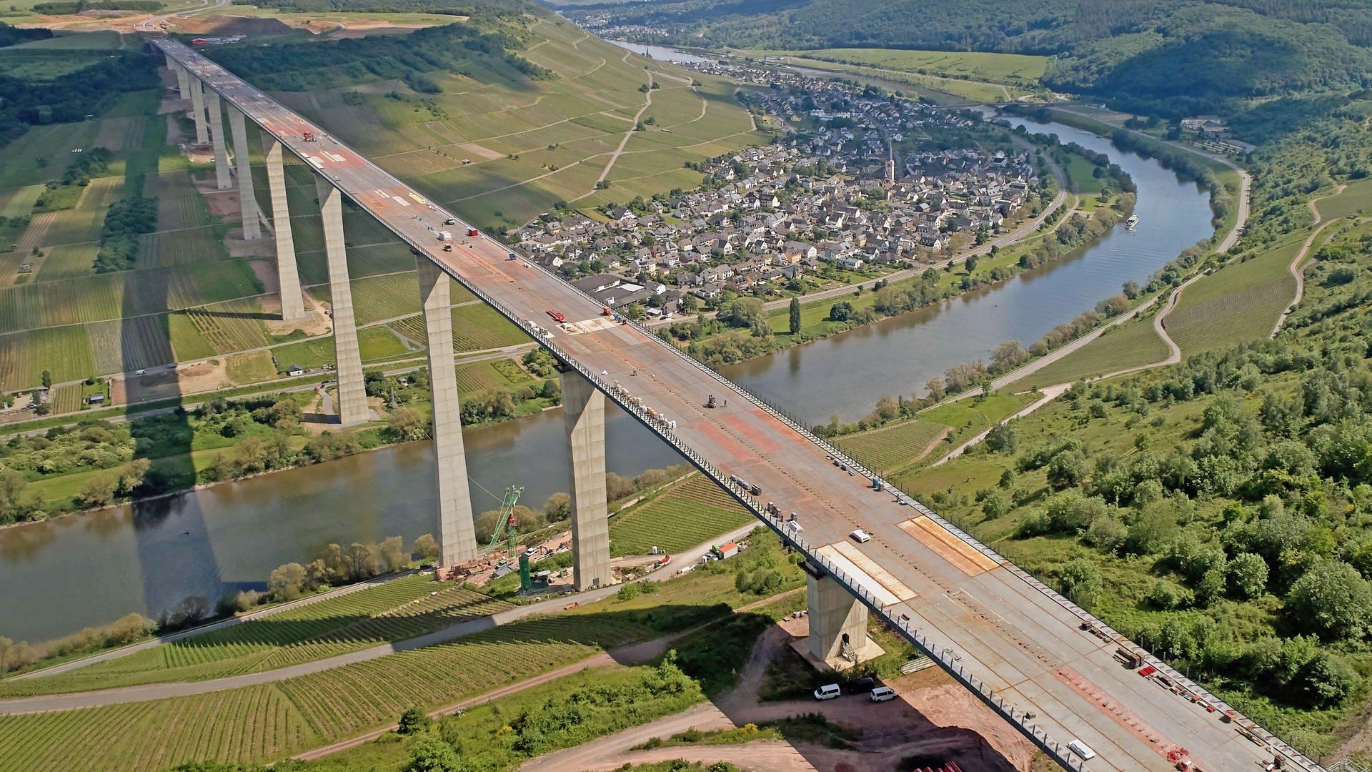 Zeltingen Brücke