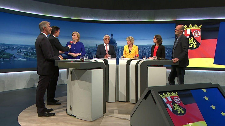 v.l.: Uwe Junge (AfD), Julia Klöckner (CDU), Roger Lewentz (SPD), Anne Spiegel (Grüne), Jochen Bülow (Linke) (Foto: SWR)
