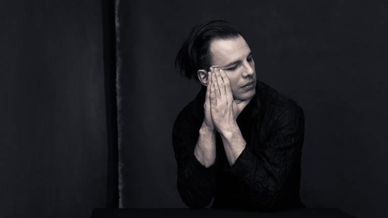 Teodor Currentzis - im Porträt (Foto: Nadia Rosenberg -)