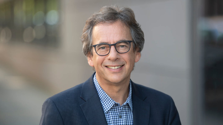 Moderator und Chefredakteur Fritz Frey