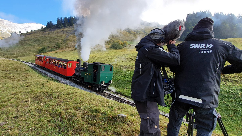 Beim Dreh: Brienz-Rothorn-Bahn © SWR (Foto: SWR)