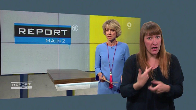 """Sendungen in Deutscher Gebärdensprache: Der SWR bietet die Ausgaben des Politik-Magazins """"Report Mainz"""" in der ARD Mediathek an © SWR (Foto: SWR)"""