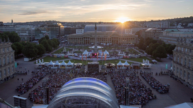 Das SWR Sommerfestival auf dem Stuttgarter Schlossplatz.