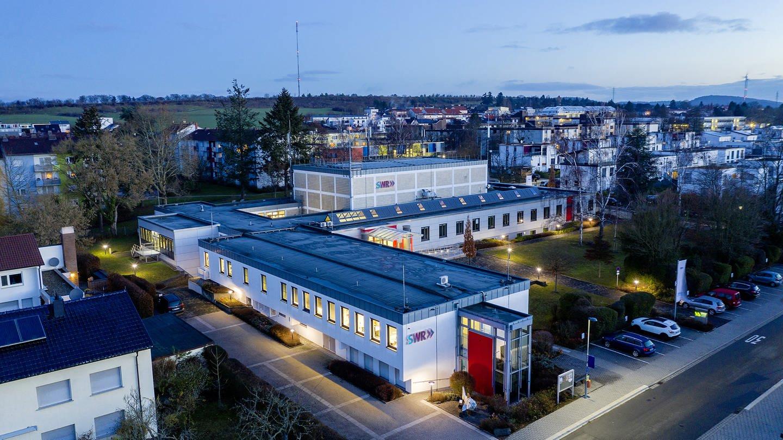 Das Bild zeigt das Studio in Kaiserslautern (Foto: Jürgen Pollak)