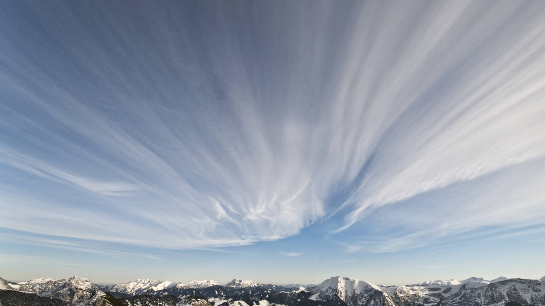 Föhnwetter kann Kopfschmerzen verursachen (Foto: Imago, imago images / imagebroker)
