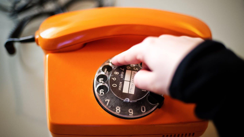 Wählscheibe eines älteren Telefons: Eine fünfstellige Telefonnummer können wir uns normalerweise für ein paar Sekunden merken