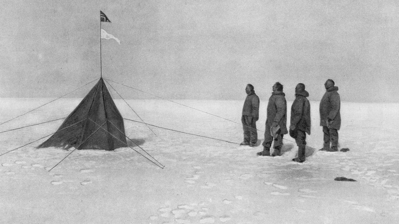 Der Norweger Roald Amundsen konnte am 14. Dezember 1911, zusammen mit vier Begleitern, als erster den Südpol erreichen und kehrte wohlbehalten nach Hause zurück