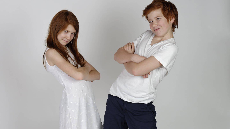 Bruder und Schwester (Foto: Imago, imago images / imagebroker)