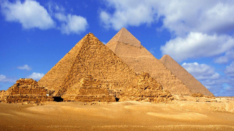 Pyramiden von Gizeh (Foto: picture-alliance / Reportdienste, picture alliance / blickwinkel)