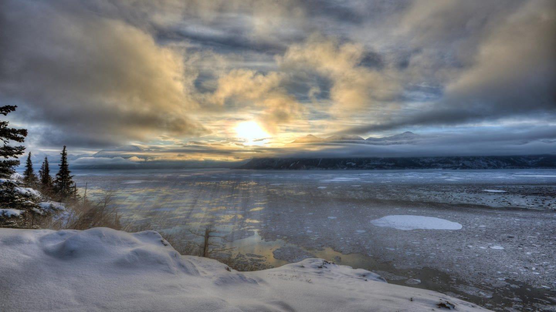 Wintersonnwende (Alaska) (Foto: picture-alliance / Reportdienste, picture alliance/imageBROKER)