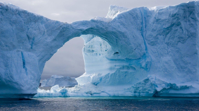 Eistor in der Diskobucht / Grönland (Foto: picture-alliance / Reportdienste, picture alliance/imageBROKER)
