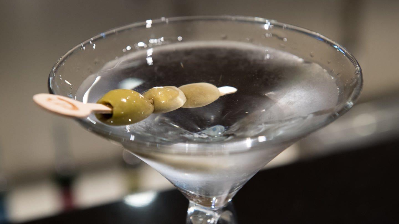 Vodka Martini - Lieblingsgetränk von James Bond (Foto: picture-alliance / Reportdienste, picture alliance / dpa Themendienst)