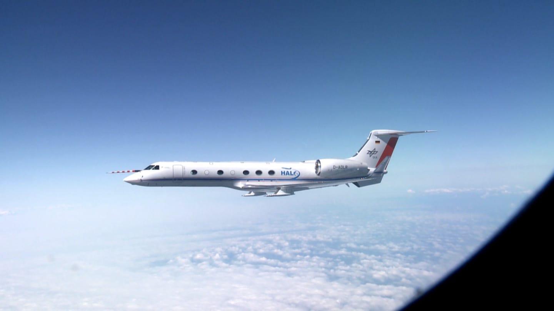 Mit dem Forschungsflugzeug HALO (High Altitude and Long Range Research Aircraft) soll unter anderem der EInfluss des Menschen auf das Klima erforscht werden.