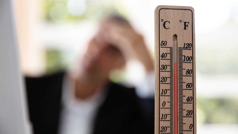 Länger anhaltende Hitze kann schwere gesundheitliche Folgen haben. (Foto: Imago, imago images/Panthermedia)