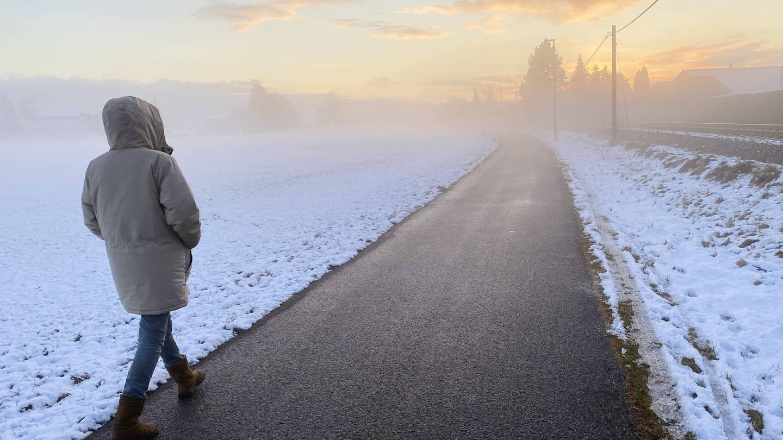 Wach-Therapie kann depressive Menschen zumindest vorübergehend in bessere Stimmung bringen. (Foto: Imago, imago images/Action Pictures)