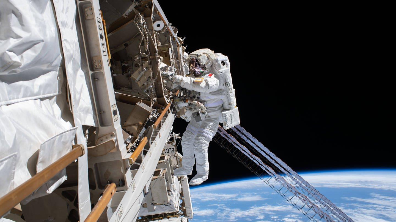 Astronaut im Weltall (Foto: Imago, IMAGO / ZUMA Wire)