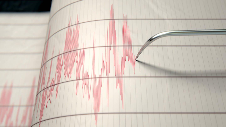 Seismograph mit roten Ausschlägen: Führt der Klimawandel zu mehr Erdbeben? (Foto: Imago, IMAGO / agefotostock)