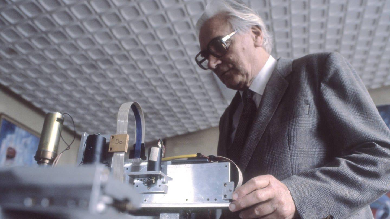 Am 2. Mai 1941 stellte Konrad Zuse seinen dritten Prototyp dann vor: die Zuse Z3, der erste funktionsfähige, programmierbare Computer der Welt. (Foto: Imago, imago images/teutopress)