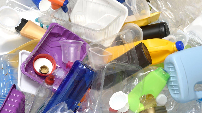 Das-Problem-mit-dem-Kunststoff-wohin-mit-dem-Plastikm-ll-21-01-2021