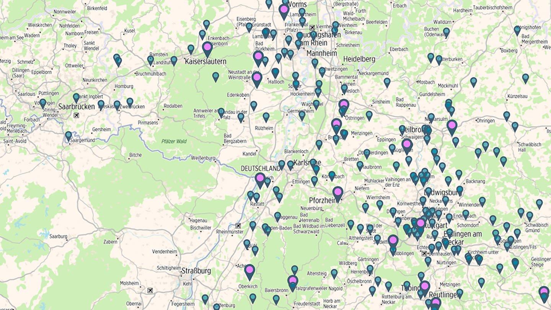 Pins der interaktiven #zuLAUT-Karte auf einer Map (Foto: SWR, Screenshot Maps4News)